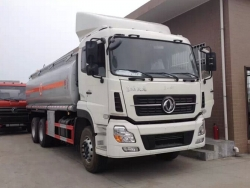 Dongfeng 30000L oil tank truck
