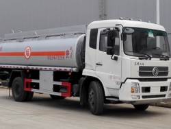 Dongfeng 18000L Oil tanker truck
