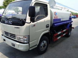 Dongfeng water spray vehicle
