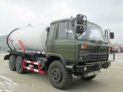 Dongfeng All Wheel Drive Off Road 6*6 Vacuum Sewage Truck