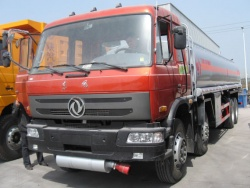 20000L DongFeng Oil Tanker Truck
