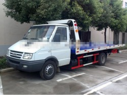 Iveco flatbed tow truck