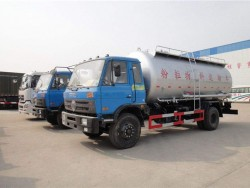 4X2 Bulk Cement Transport Truck