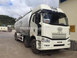 faw J6P 8X4 powder material truck