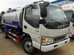 JAC 2 cubic 2 axes sprinkler truck