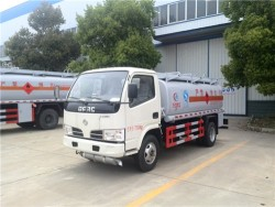 Dongfeng 5000 liters small capacity fuel tank truck