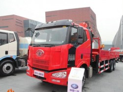 FAW 6X4 truck mounted knuckle boom crane