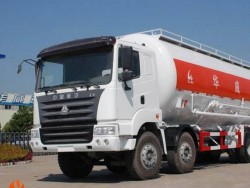 40tons HOWO 8X4 Bulk Cement transportion tank truck