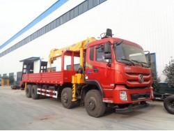 8*4 China 15 ton crane truck