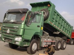 china 15 cube tipper truck