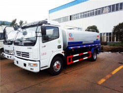DONGFENG 4x2 1500 gallon water tank truck