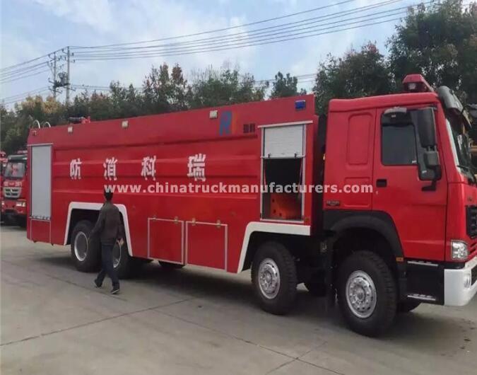 China 8x4 5000 Liters Rescue foam fire truck
