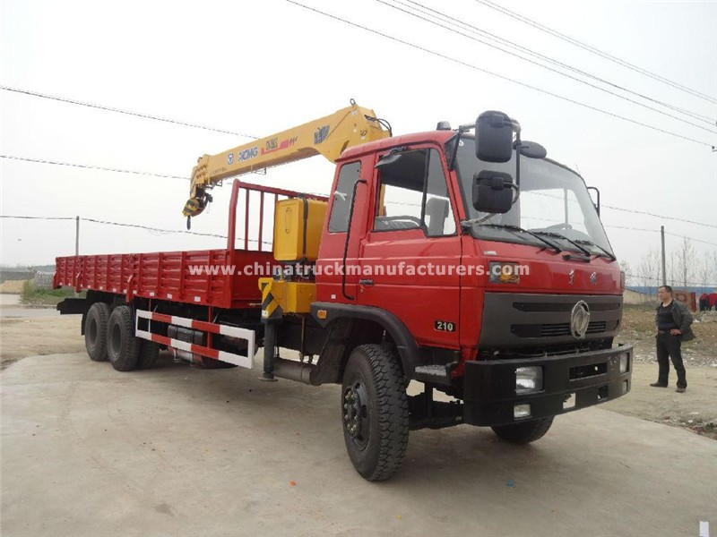 Dongfeng 6x4 8 ton truck with crane
