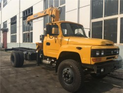 Dong Feng 140 4 ton truck with lifting crane