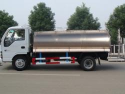 ISUZU 5000L stainless steel tank truck