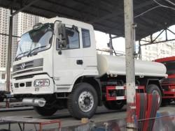 STQ 4x2 green tank water truck