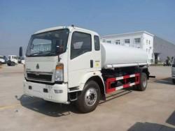 SINO HOWO Light 15 cubic water tanker truck