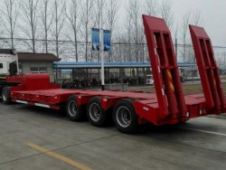 Tri Axle 40T to 60T Transporting Heavy Machine Low Bed Semi Trailer