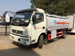 dongfeng 8000 liters carbon steel fuel tanker truck
