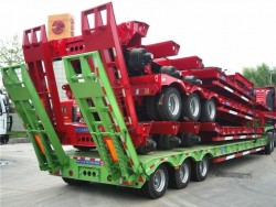 150 ton loading weight 3 axles low boy semi trailer for sale in Africa
