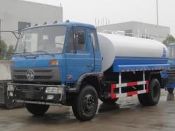China 4x2 2600 gallon water tanker trucks