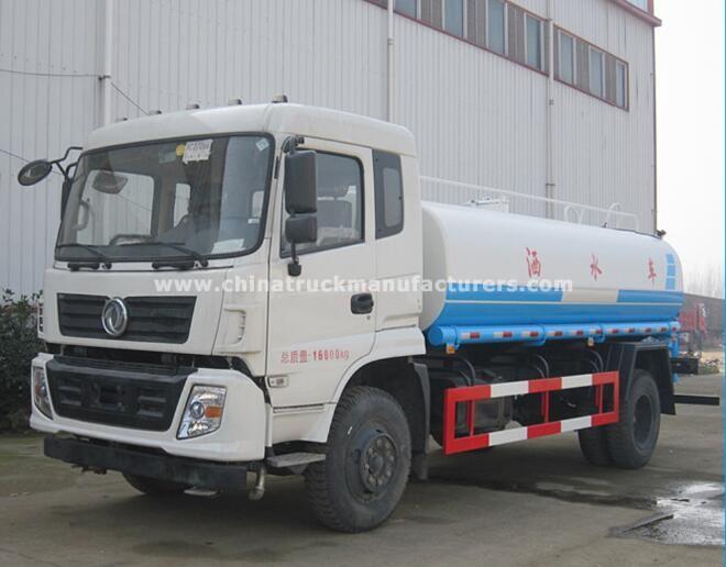 China DONGFENG 3000 gallon water tanker trucks