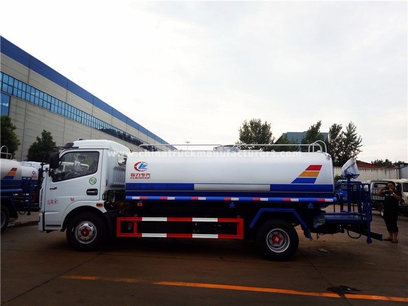 DONGFENG 4x2 1500 gallon water tank truck