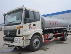 FOTON 4x2 3000 gallon water tank truck